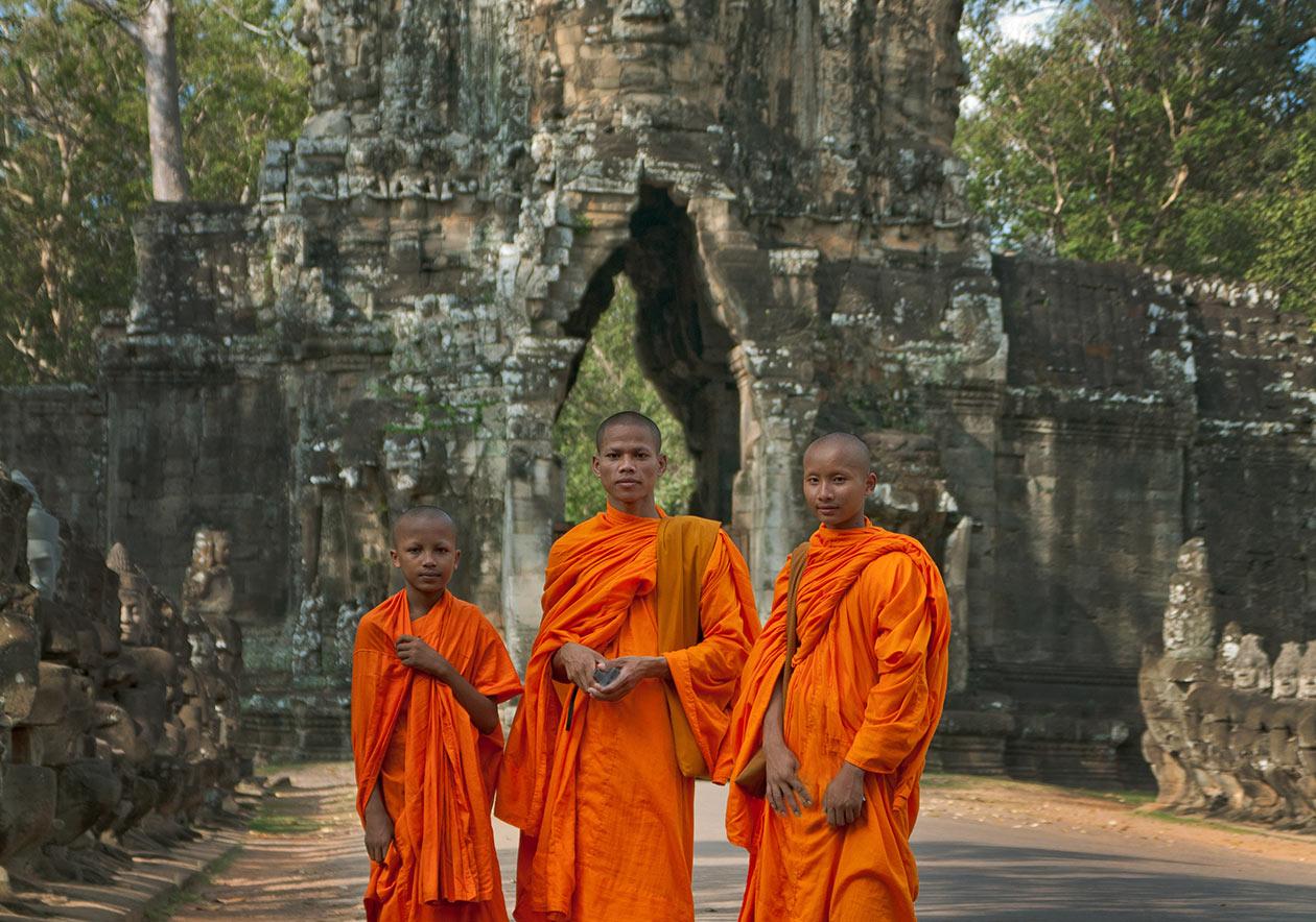 monks-01