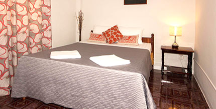 Large double room at guesthouse, Two Dragons, Siem Reap
